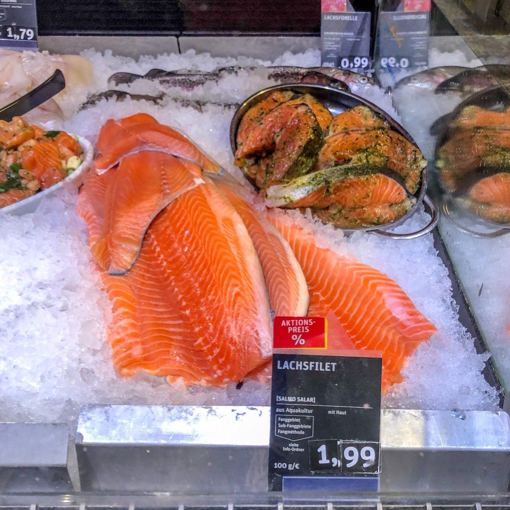Mange små fiskedisker i Tyskland domineres av laks.